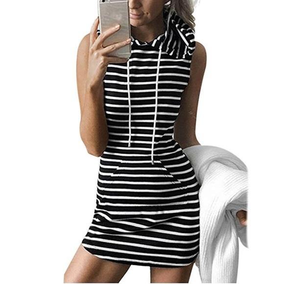 f58269ea7d436 NEW Black White Striped Front Pocket Hoodie Dress